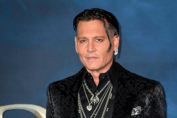 Johnny Depp Exiting 'Fantastic Beasts' Franchise, Says Warner Bros. Asked Him to Resign